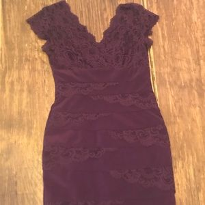 BEAUTIFUL Purple lace dress